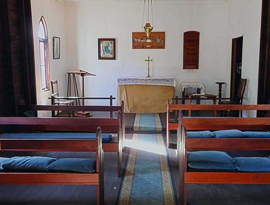 Recent photo of the interior of St John the Evangelist Church in Osmington