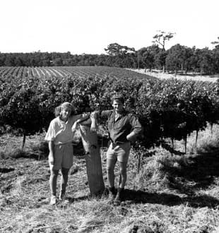 Winemakers Jan McIntosh & Mike Davies, 1988
