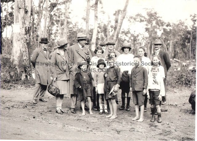 Settlers Group 2, 1923, visited by Prime Minister Bruce and Lady Bruce. James Michell centre rear.