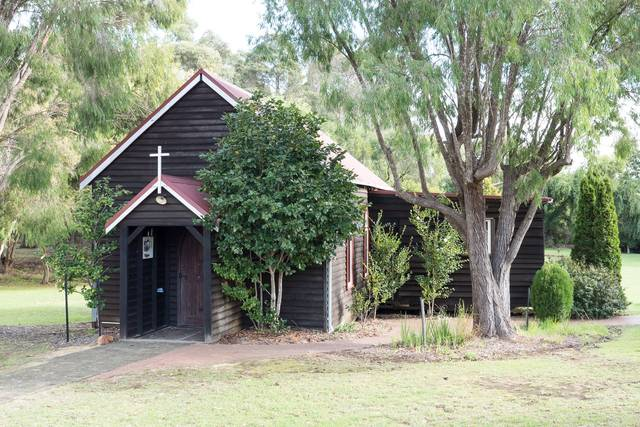Recent photo of St Mary's Anglican Church in Cowaramup